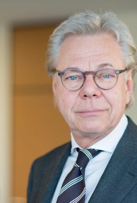 Dr. Otto Lüders - Rechtsanwalt, Fachanwalt für Steuerrecht, Fachanwalt für Handels- und Gesellschaftsrecht, Notar a.D.